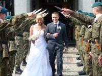 Czytaj więcej: Ślub st. sierż. ZS Stanisława Drosio